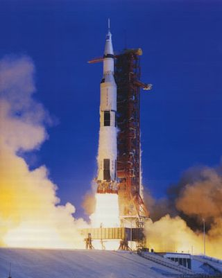 F2169~NASA-Saturn-V-Launch-Apollo-11-Spaceshots-Posters